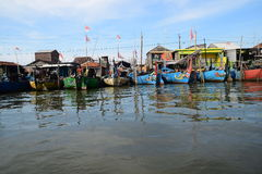 Set off for fishing. Genesis La Nina beginning of his usual rainy season, but in several places in Java is still not raining exploited number of fishermen Royalty Free Stock Photos