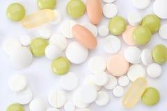 set ord för abstrakt begreppsläkarundersökning preventivpillerar och minnestavlakapsel på vit bakgrund Royaltyfri Bild