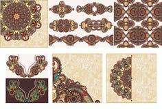 Set ornamentacyjny dekoracyjny etniczny kwiecisty przybranie ilustracji