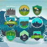 Set outdoors przygoda, wypraw etykietki i odznaki i Obrazy Stock
