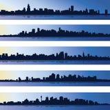 Set pięć miastowych błękitnych sylwetek, miasto, wektor Zdjęcia Royalty Free