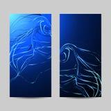 Set pionowo sztandary Wyginać się faliste linie na błękitnym tle ilustracji