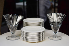 A set of plates and cutlery Royalty Free Stock Photos