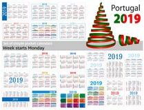 Set prości kieszeń kalendarze dla 2019 Dwa tysiące dziewiętnaście Tydzień zaczyna Poniedziałek Przekład od Portugalia - ilustracja wektor