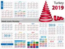 Set prości kieszeń kalendarze dla 2019 Dwa tysiące dziewiętnaście Tydzień zaczyna Poniedziałek Przekład od Turcja - ilustracji