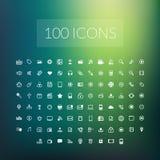 Set 100 prostych ogólnoludzkich nowożytni cienieje kreskowe ikony Obrazy Royalty Free