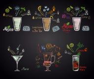 Set różni koktajle: mojito, mojito Diablo, Martini, krwisty Mary i rozmyślający wino, long island lodowa herbata, ilustracji