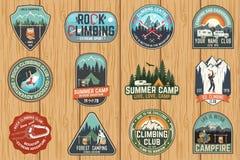 Set Rockowego pięcia obozu letniego i klubu odznaki wektor royalty ilustracja