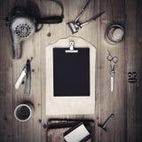 Set roczników narzędzia fryzjer męski z czerń papierem Fotografia Stock