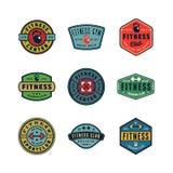 Set rocznik sprawności fizycznej gym logowie również zwrócić corel ilustracji wektora ilustracja wektor
