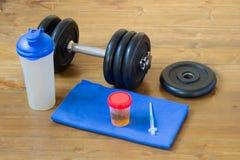 set rzeczy dla bawić się sporty, obok analizy dla podawać doping zdjęcie stock
