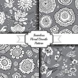 Set of seamless floral doodle pattern. stock. Ill Stock Images