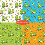 Set of seamless patterns with with a green frog lies on the colo Royalty Free Stock Photos