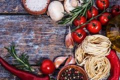 Set składniki dla kulinarnego makaronu Fotografia Royalty Free
