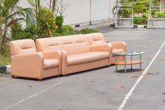 set sofa för möblemanglädervardagsrum Royaltyfri Foto