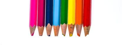 Set starzy używać i łamający colour ołówki odizolowywał biel Zdjęcia Royalty Free