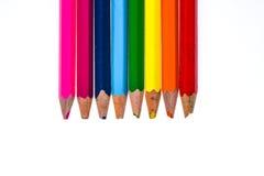 Set starzy używać i łamający colour ołówki odizolowywał biel Zdjęcie Stock