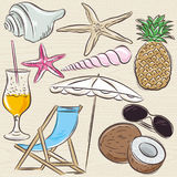 Set of  summer symbols, clams, shells, cocktail, starfish, umbre Royalty Free Stock Photography