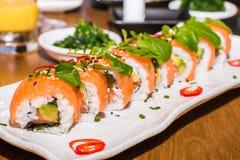set sushi för maki Arkivfoton