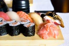 set sushi för matställe Arkivfoton