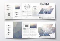 Set trifold broszurki, kwadratowi projektów szablony DNA molekuły struktura na błękitnym tle Nauka wektor Zdjęcia Royalty Free