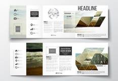Set trifold broszurki, kwadratowi projektów szablony Kolorowy poligonalny tło, zamazany tło, morze krajobraz Obraz Royalty Free