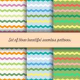Set trzy bezszwowego wzoru multicolor łamać linie na pościeli, zygzag, bławy, oliwny tło, wektor ilustracji