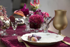 Set up. Table set up with fresh flowers Royalty Free Stock Photography