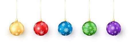 Set Weihnachtskugeln auf weißem Hintergrund Buntes Weihnachts- und des neuen Jahresspielwarendekoration durch Schneeflocke vektor abbildung