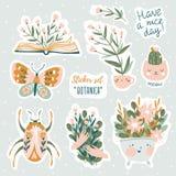 Set wektorowe śliczne doodles ilustracje z teksta i graficznego projekta elementami Modny projekt dla dzieciaków majcherów royalty ilustracja