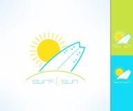 Set wektorowy surfing firmy etykietki logo robić w nowożytnym czystym i jaskrawym projekcie Kipieli i słońca tshirt druk Obrazy Stock