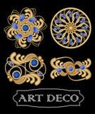 Set złocista filigree broszka z błękitnymi klejnotami szafirowymi w art deco stylu Round symmetric retro klejnot od złocistego me Fotografia Stock
