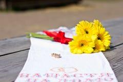 Set złociste obrączki ślubne Obraz Royalty Free