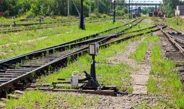 Seta Railway velha na estação de comboio foto de stock