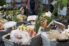 Setas de la parada del mercado Foto de archivo libre de regalías