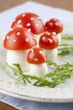 Setas del agárico de mosca del tomate y del huevo Foto de archivo libre de regalías