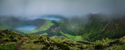 Sete Cidades tvilling- kratersjöar Fotografering för Bildbyråer
