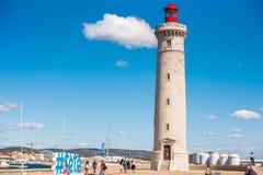 SETE, FRANCIA - 10 SETTEMBRE 2017: Porto sbalorditivo di Sete con il faro nel sud della Francia vicino al Mediterraneo Copi lo PS Immagini Stock Libere da Diritti