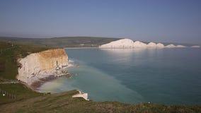 Sete penhascos de giz Sussex do leste das irmãs Inglaterra vídeos de arquivo