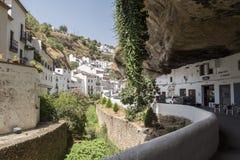 Setenil de las Bodegas, Cadiz, Spanje stock foto's