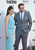 Seth Rogen & Lauren Miller royaltyfria foton