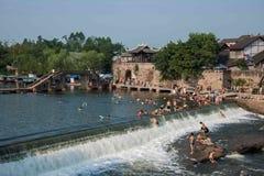 Seto Creek River y disfruta de un placer fresco del verano Imagen de archivo