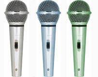 Sets Mikrophone mit verschiedenen Tönen der Farbe Stockbilder
