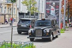 2 settembre 2017, Kiev - l'Ucraina; Austin FX4 Taxi inglese a Kiev; immagini stock libere da diritti
