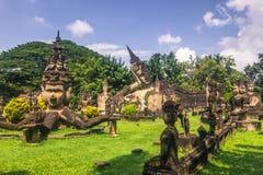 26 settembre 2014: Le statue di pietra buddisti in Buddha parcheggiano, il Laos Fotografie Stock Libere da Diritti