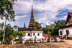 20 settembre 2014: Stupa buddista in Luang Prabang, Laos Immagini Stock
