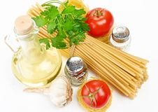 Setting pasta with tomato and garlic Royalty Free Stock Photography