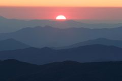 Setting Sun from Clingman's Dome. The last light of the sun as it sets beyond the ridges of the Smoky Mountains Nat. Park, USA Stock Images