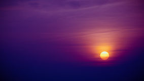 Setting sun with a lot of sky Royalty Free Stock Photography