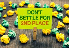 Settle de Don t del texto de la escritura de la palabra no para el 2do lugar El concepto del negocio para usted puede ser el prim Imágenes de archivo libres de regalías